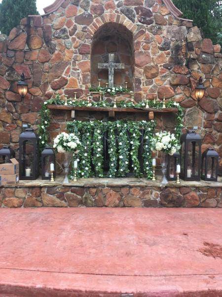 [Image: Outdoor Ceremony Flower by Exotica the signature of flowers- at Madera Estates